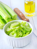 Chopped fresh celery — Stock Photo