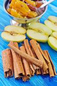 Cinnamon and apples — Stock Photo