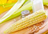 Milho com sal — Fotografia Stock