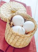 Rauwe eieren — Stockfoto