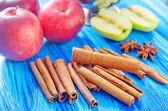 Manzanas y canela — Foto de Stock