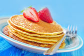 Pancakes on a plate — Stockfoto