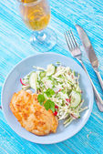 Chicken breast with salad — Stock Photo