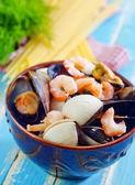 Frutos do mar na bacia — Fotografia Stock