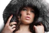 Winter fashion & makeup — Zdjęcie stockowe
