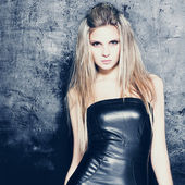 Beautiful girl in black dress — Stock Photo