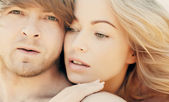 Closeup portrait of a beautiful couple. Soft focus — Stock Photo