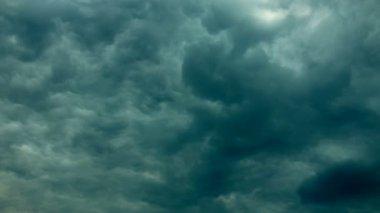 Gewitterwolken — Stockvideo
