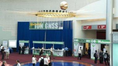 2011 年 9 月 19-23、ポートランド gnss イオン 2011年会議 — ストックビデオ