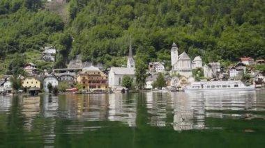 Hallstatt village in Austria, view from lake side — Stock Video