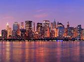 Soumrak panorama new yorku manhattan — Stock fotografie