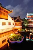 Shanghai pagoda building — Stock Photo