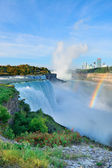 Niagara falls in de ochtend — Stockfoto