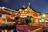 Shanghai pagoda building — Стоковое фото