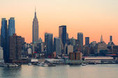 New york city-sonnenuntergang — Stockfoto