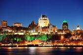 在晚上的魁北克市 — 图库照片