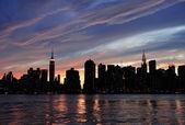 закат панорама города нью-йорка манхэттен — Стоковое фото