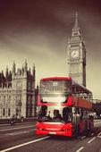 Bus in London — Zdjęcie stockowe