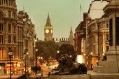 Street view of Trafalgar Square — Stockfoto