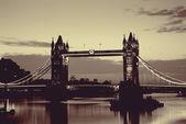 Puente de la torre de londres — Foto de Stock