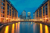 London Canary Wharf at night — Foto Stock