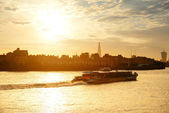 Thames River sunset — Stockfoto