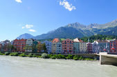 Inn river and Cityscape of Innsbruck in Austria — Zdjęcie stockowe
