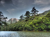 Lake Taisho and Mount Yake in Kamikochi, Nagano, Japan — Stock Photo