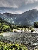 Azusa river and Hotaka mountains in Kamikochi, Nagano, Japan — Stock Photo