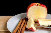Cinnamon and Apple — Stockfoto