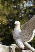 Statue of an eagle as a symbol of power, grandeur, and power — Stock Photo