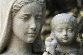 Estátua da virgem maria e jesus cristo — Foto Stock