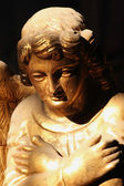 рисунок золотой ангел — Стоковое фото