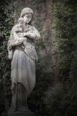 聖母マリアとイエス ・ キリストの像 — ストック写真