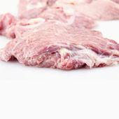 Hovězí steak na bílém pozadí — Stock fotografie
