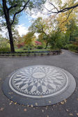 Strawberry Fields Central Park, New York City — Stock Photo