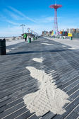 Coney Island boardwalk and beach New York City — Stockfoto