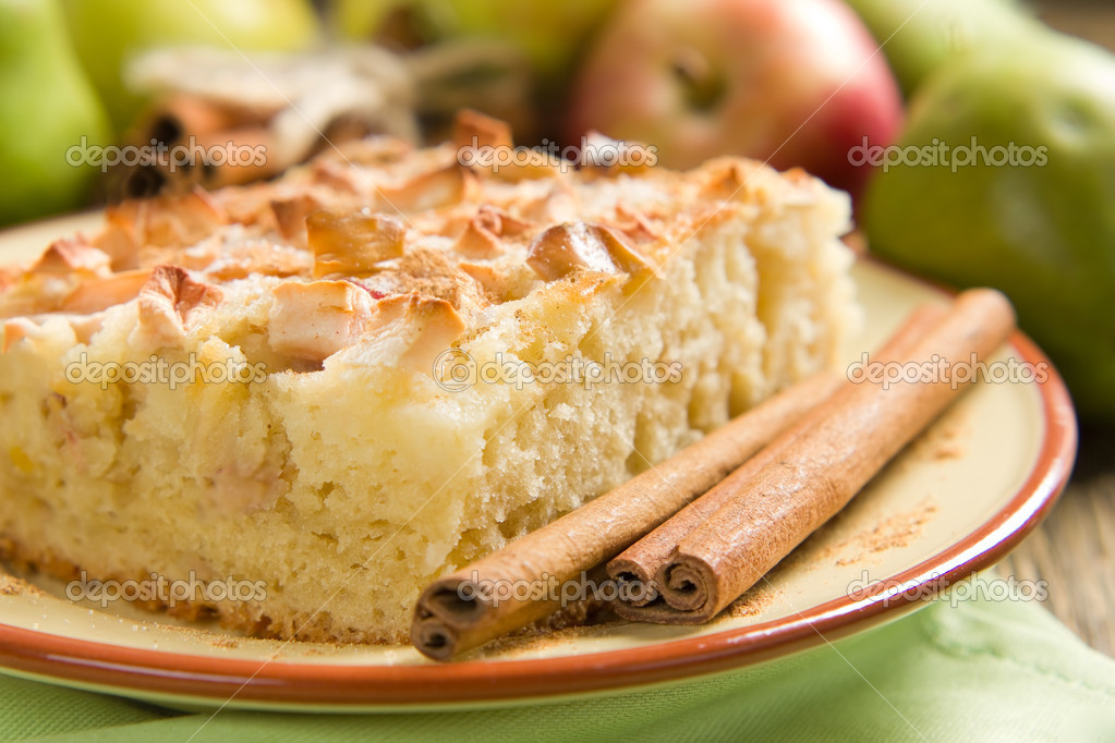 Homemade apple pie with cinnamon — Stok fotoğraf #12248568