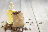 Clove oil — Stock Photo