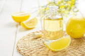 Lemon oil — Stock Photo