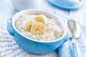 Oatmeal with banana — Stock Photo