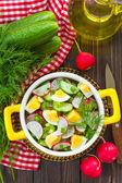 ředkvičky salát — Stock fotografie