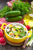 Rettich-salat — Stockfoto