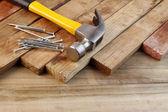 锤子和钉子 — 图库照片