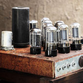 Valve Vintage Amplifier — Stock Photo