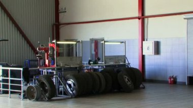 Tyres waiting to be repaired — Vídeo de Stock