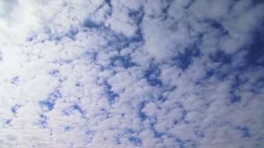 Heaven. Beautiful clouds in the heavenly sky. — Stock Video