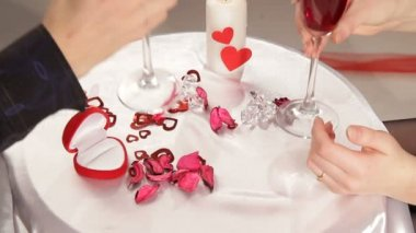 Couple holding hands at romantic dinner on Valentine day — Stock Video