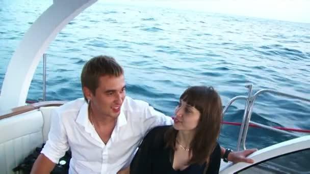 Voyage sur l'yacht — Vidéo