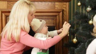 подготовка к рождеству. — Стоковое видео